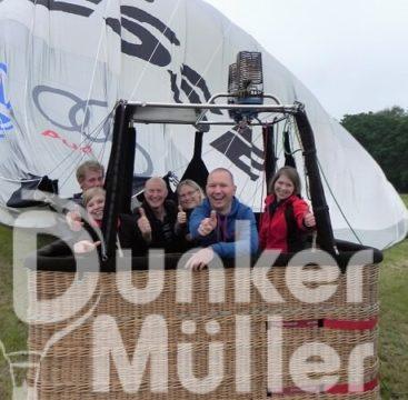 Kleingruppenreisen Gruppenfahrt mit dem Heißluftballon verändern den Blickwinkel werfen Sie einen Blick auf Bremen. Gruppenreisen Niedersachsen und bewundern Bremervörde.